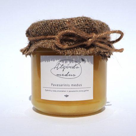 Pavasarinis medus stiklainėlyje. Grynasis kiekis - 250 g.