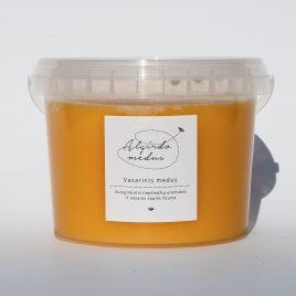Vasarinis medus, 1000 g. (kibirėlis)